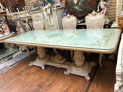 Gorgeous Silik Italian Dining room Table no chairs Made in Italy