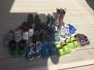 Kids / toddler shoes