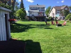 Water front house/cottage for rent St-Lawrence river.