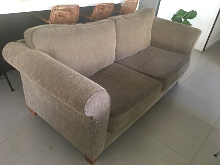 Wanted: 2 x 3 seater freedom sofas. Urgent sale as we have no room for them.