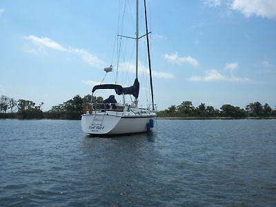 1987 Hunter Sailboat 34 ft