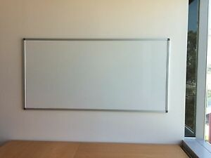 WHITEBOARD IN GOOD CONDITION Frenchs Forest Warringah Area Preview