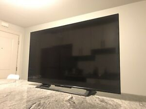 "URGENT!!! SONY 50"" UHD HDR LED SMART TV"