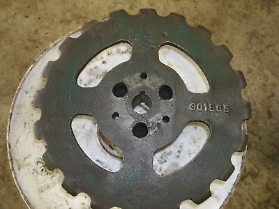 New Idea Corn Picker 323 310 - 301565 20 T Sprocket W Female Adapter