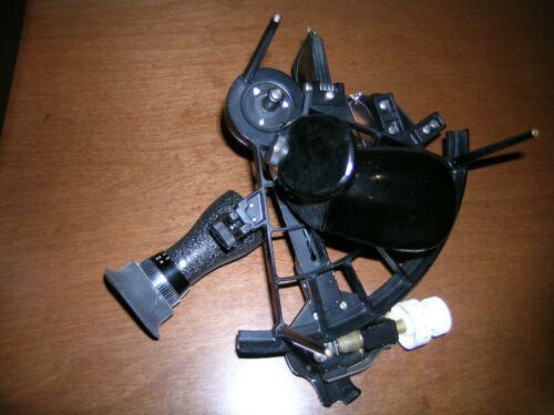 Marine Sextant, US NAVY  MK 3 Mod 0, w/ Case