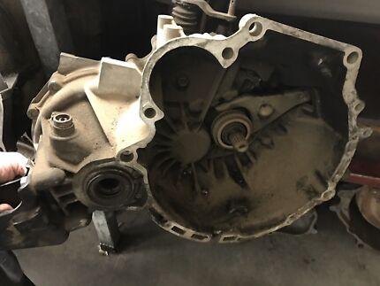 Hyandai X3 5 speed gearbox