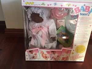 Bnib VERY rare and vintage 17 year old baby born doll Hammond Park Cockburn Area Preview