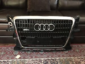 2012 Audi Q5 front grill for sale MINT condition