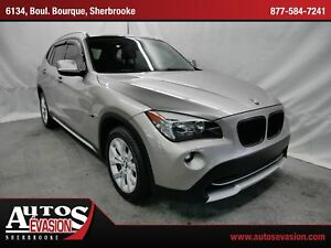 2012 BMW X1 xDrive28i + TOIT + CONNECTED DRIVE + GPS