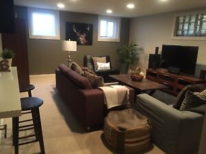 Move in ready bedroom and living space in central location