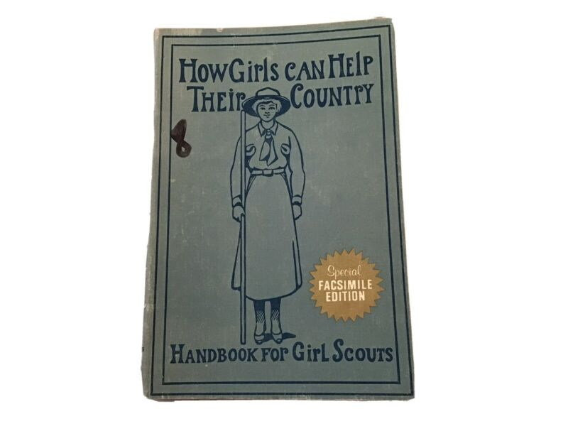 """Vintage 1972 Softcover Book Girl Scouting """"How Girls Can Help Their Country"""""""