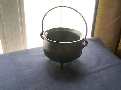 Small Cast Iron Cauldron, Bean Pot Vessel--I-102 - Small Cast Iron Cauldron