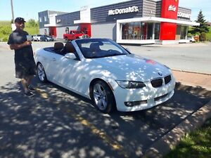 2007 BMW 335i convertible (low km)