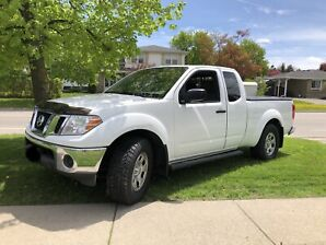 2009 Nissan Frontier 2.4L 4 cyl GREAT ON FUEL/LOW KMs!!