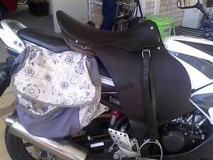 """fully mounted  18"""" Argentinian jumping saddle Wellard Kwinana Area Preview"""