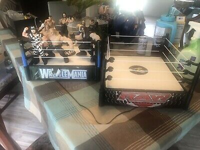 WWE Wresting Ring and Wrestler Bundle of Toys Action Figures WWE WWF