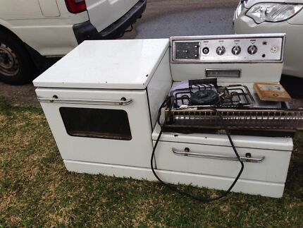 White goods, old stove Mortdale Hurstville Area Preview