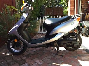 Scooter Yamaha Jog 50 - only 3,900km Mount Lawley Stirling Area Preview