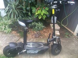 Revo electric scooter Campbelltown Campbelltown Area Preview