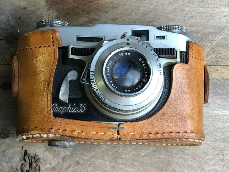Vintage Graflex Graphic 35 Film Camera and Genuine Leather Case Untested