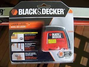 Black & Decker BDL220S Laser Level brand new & G-Grip Spirit Leve Tumbi Umbi Wyong Area Preview