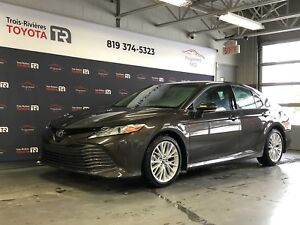 Toyota Camry 2018 - XLE - Cuir - Toit - GPS - Mags