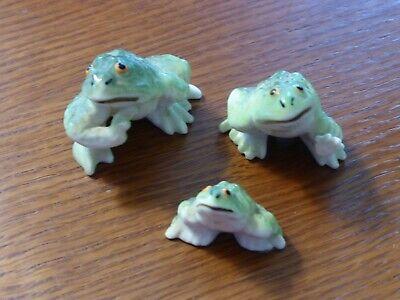 Set of 3 Porcelain Green Frog Figurines - Small Medium Large