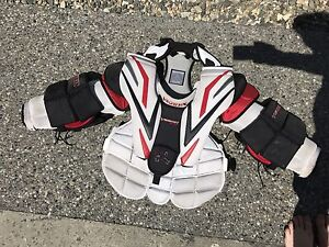 Vaughn Vision 9400 Goalie chest protector, small