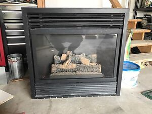 Vermont Casting Majestic Gas insert Fireplace