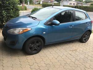 2012 Mazda 2 GS '' Plus équipé '' Manuel Air climatisé