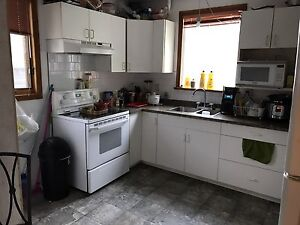 A furnished second  floor bedroom close to university for rent