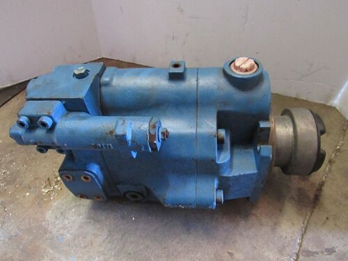 EATON VICKERS VARIABLE DISPLACEMENT HYDRAULIC PUMP 123AL00040A, PVM074ER09GS02