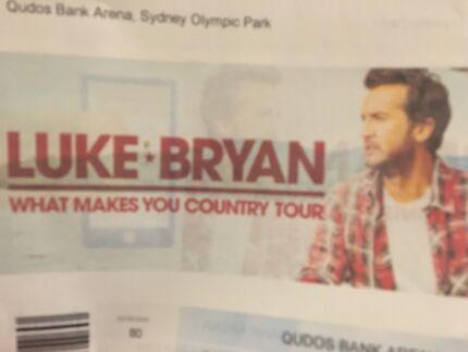 2x tickets to Luke Bryan