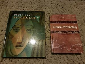 Psychology text books x 2 Labrador Gold Coast City Preview