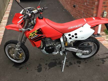 Honda XR650R Supermotard