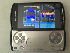Xperia Play (Handheld Emulation/Gaming similar to psp go)