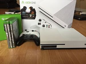 500 GB Xbox One S w/ 2 controllers and games