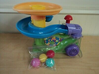 Ball Popper Toy (Playskool Explore 'N Grow Busy Ball Popper Toy with 4 Balls)