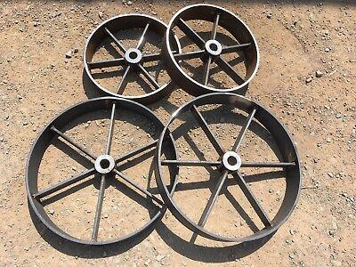 "Shepherds Hut Wheels 2x 18"" &  2x 24"" Wheels Including 4 x Axles & 1x turntable."