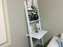 Shelves or desk Fern Bay Port Stephens Area Preview