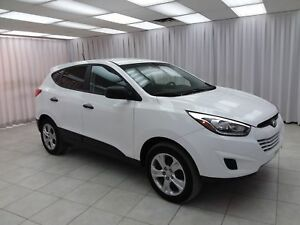 "2015 Hyundai Tucson ""ONE OWNER"" TUCSON GL AWD SUV w/ BLUETOOTH,"