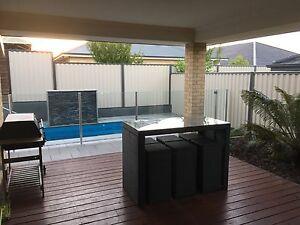 Luxury house to share Aubin Grove Cockburn Area Preview