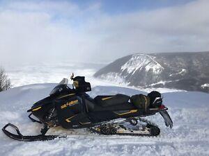 1200 Skidoo Renegade Adrenaline