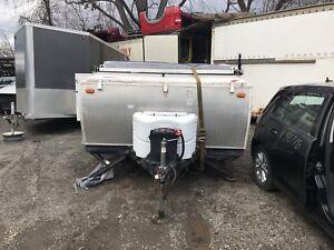 Tente roulotte, trailer