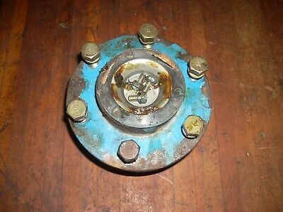 Ford 1715 Tractor Front Wheel Hub Sba330460131