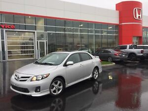 2011 Toyota Corolla S Roues d'alliages, Toit ouvrant