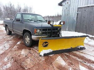 """""""low km 4x4 Chevy 1500 C/K with a fisher plow"""""""
