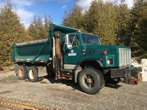 2000 International Tandem Dump Truck