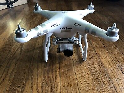 dji phantom 3 advanced with lots of extras plus gloomy duty case