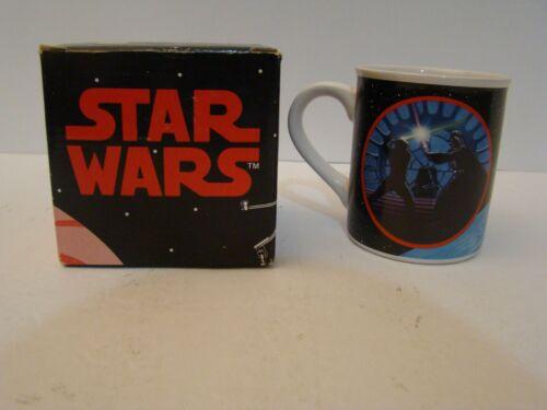 Star Wars Hamilton Collection Mug P1998 Darth Vader Luke Skywalker Saber Battle